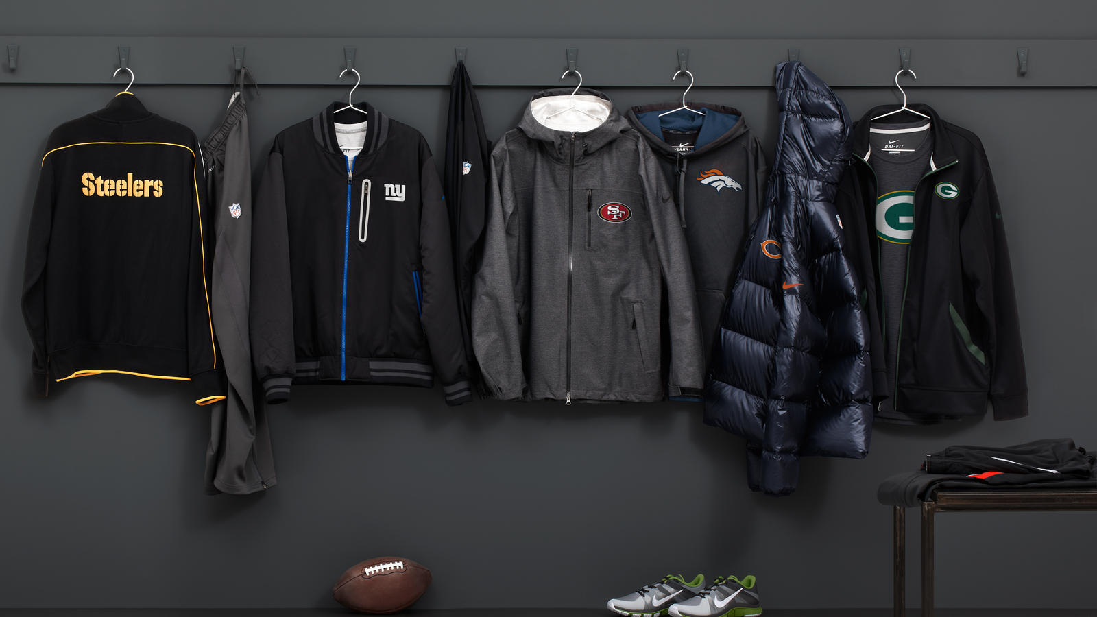new arrival 1c77e 4f44e Authentic Football Style: The Elite 51 Sideline Collection ...