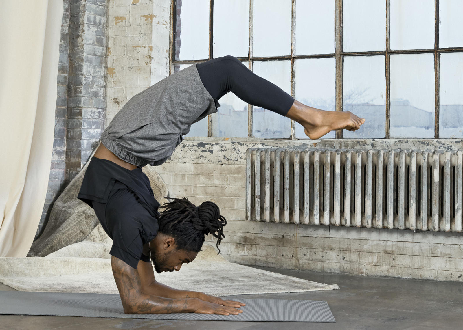 Nike Yoga Infinalon Collection  15