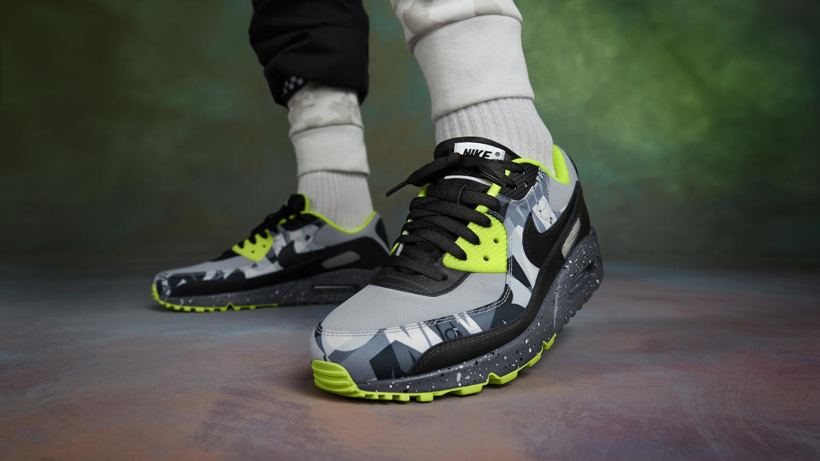 Nike By You Air Max 90 Time Warp 2