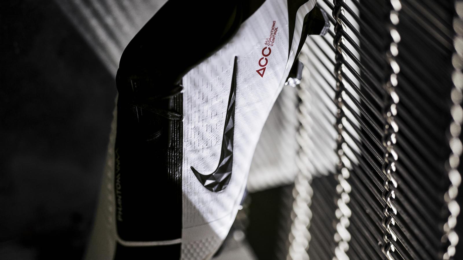Nike Phantom VNM 'Future DNA T90' 0