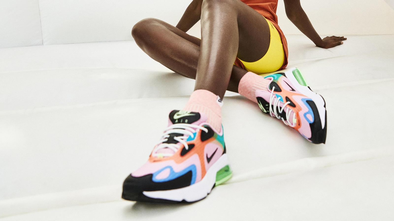 Nike Sportswear Vibrant Pack Air Max 200 Air Max 270 React Air Max Tailwind IV MX-720-818 Air Max 720 5