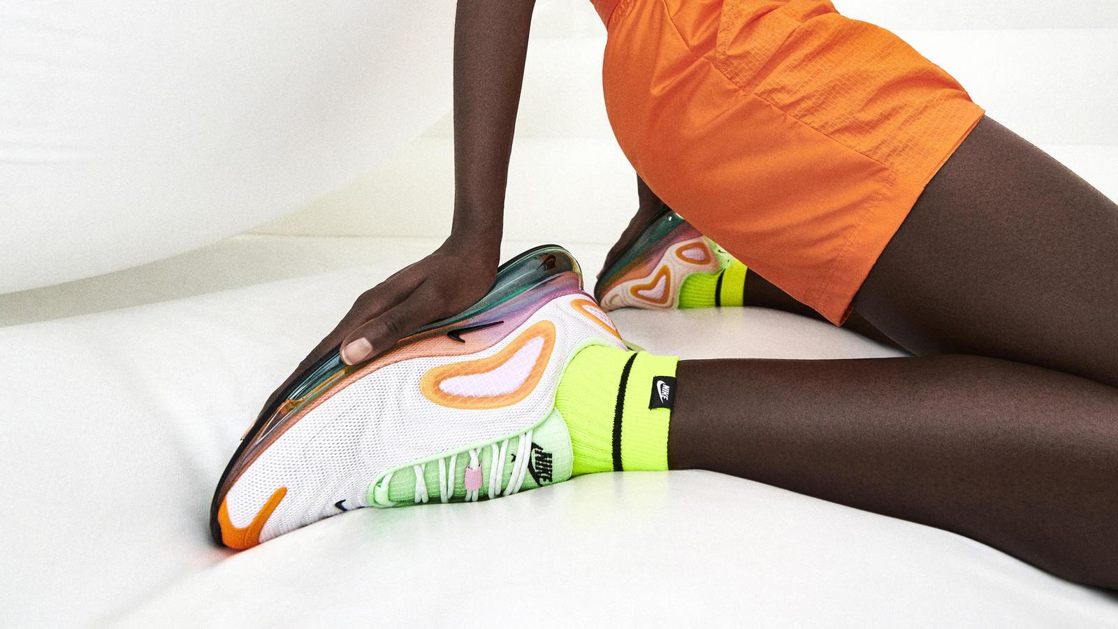 Nike Sportswear Vibrant Pack Air Max 200 Air Max 270 React Air Max Tailwind IV MX-720-818 Air Max 720 6
