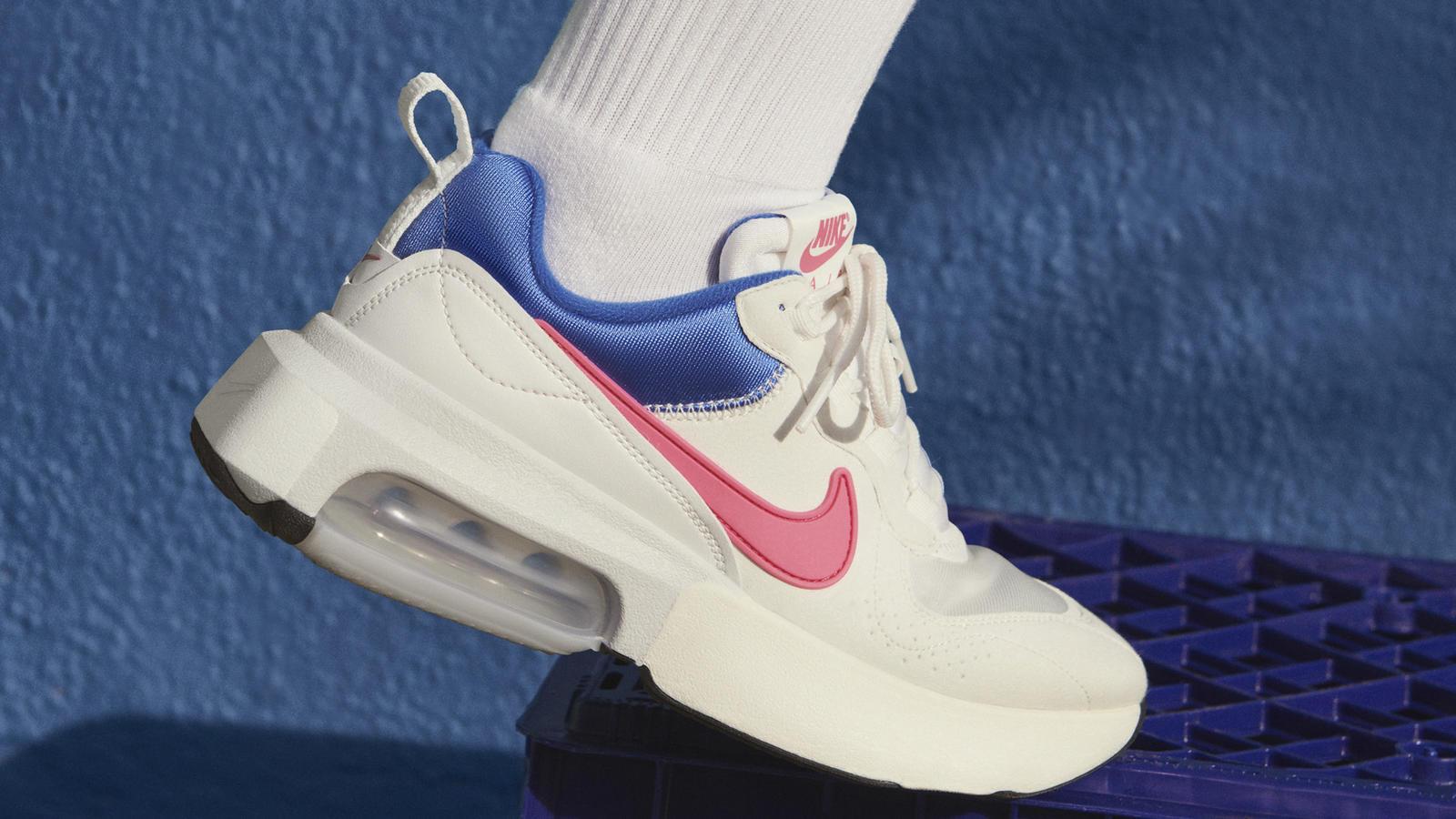 nike summer sneakers
