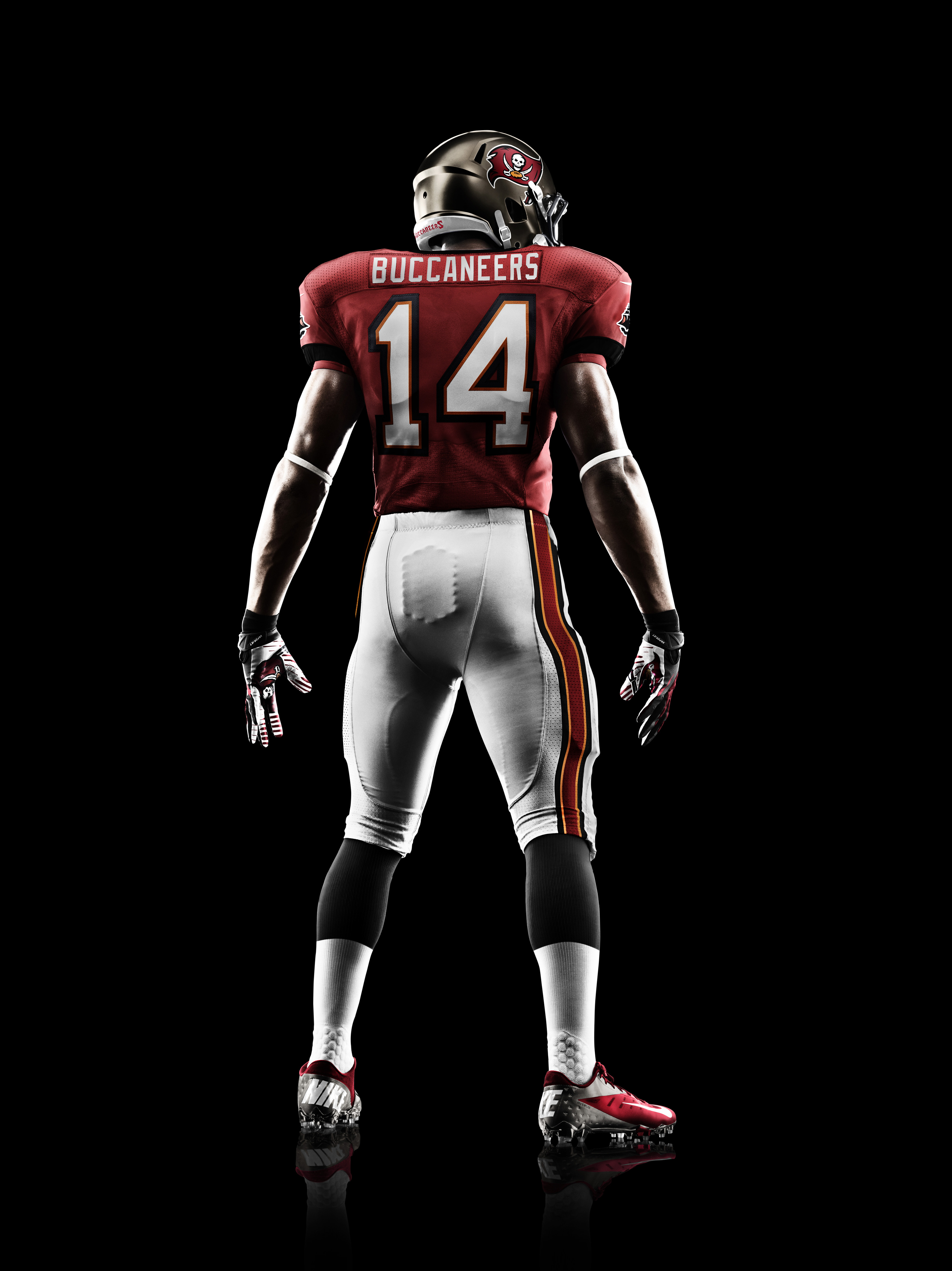 a69e4b69 tampa bay buccaneers jersey evolution