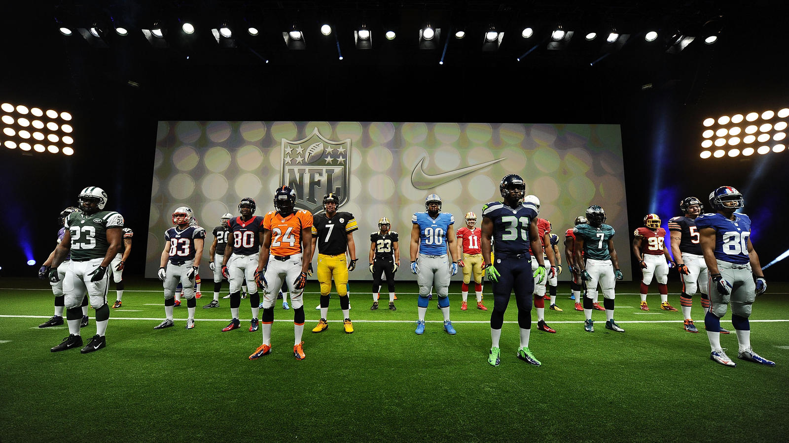 Nike_NFL_UniformUnveil_Players01_03APR2012