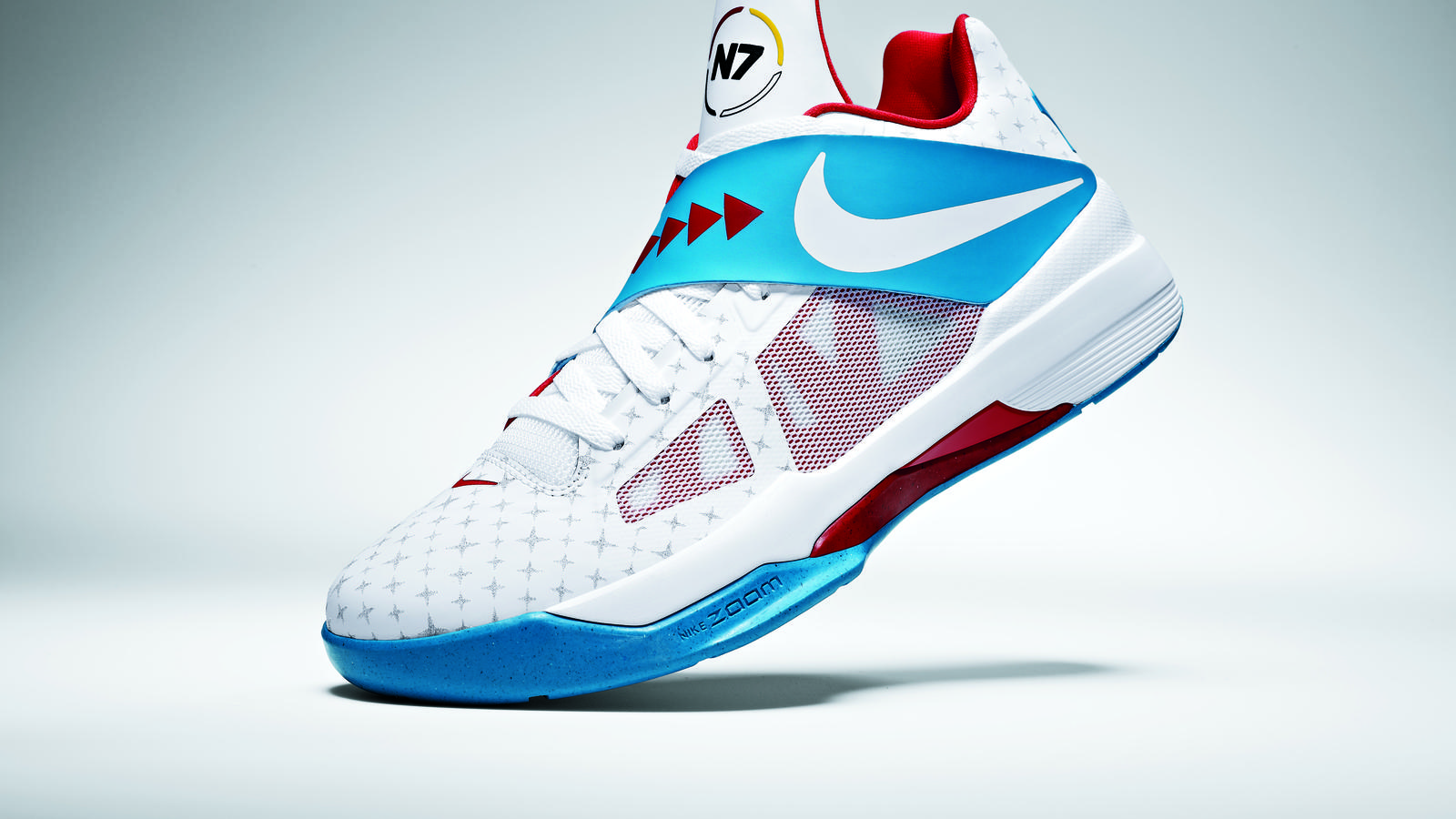 Kevin Durant Unveils the New Nike N7