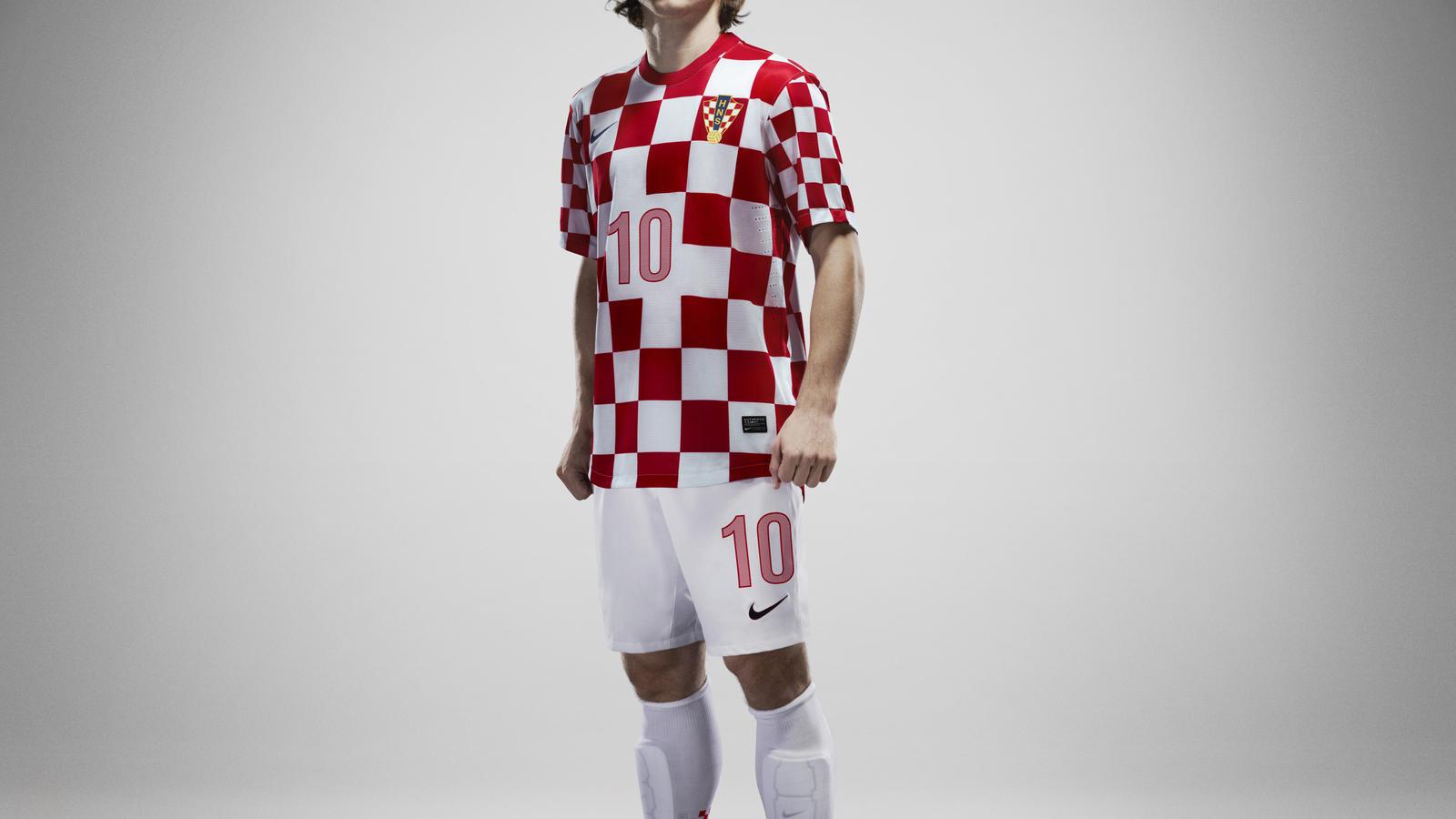 Modric_croatia_Home_NTK_01