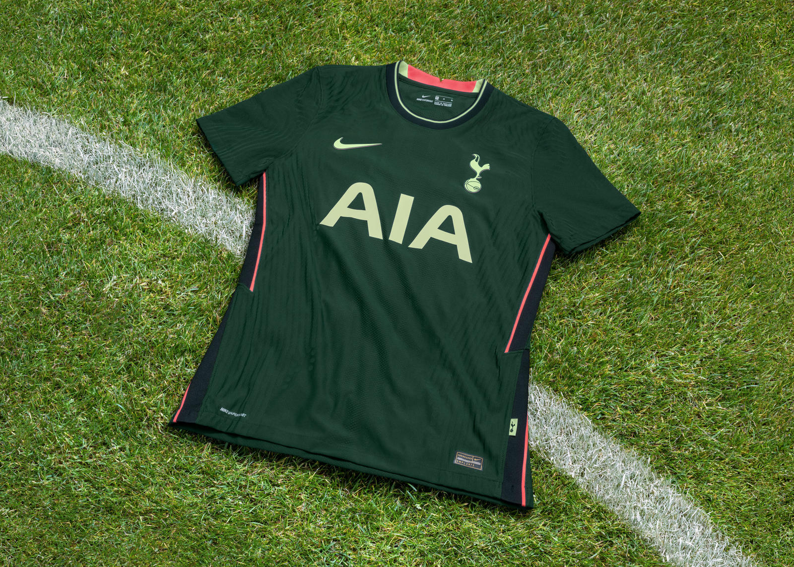 Tottenham Hotspur 2020-21 Home and Away Kits 0