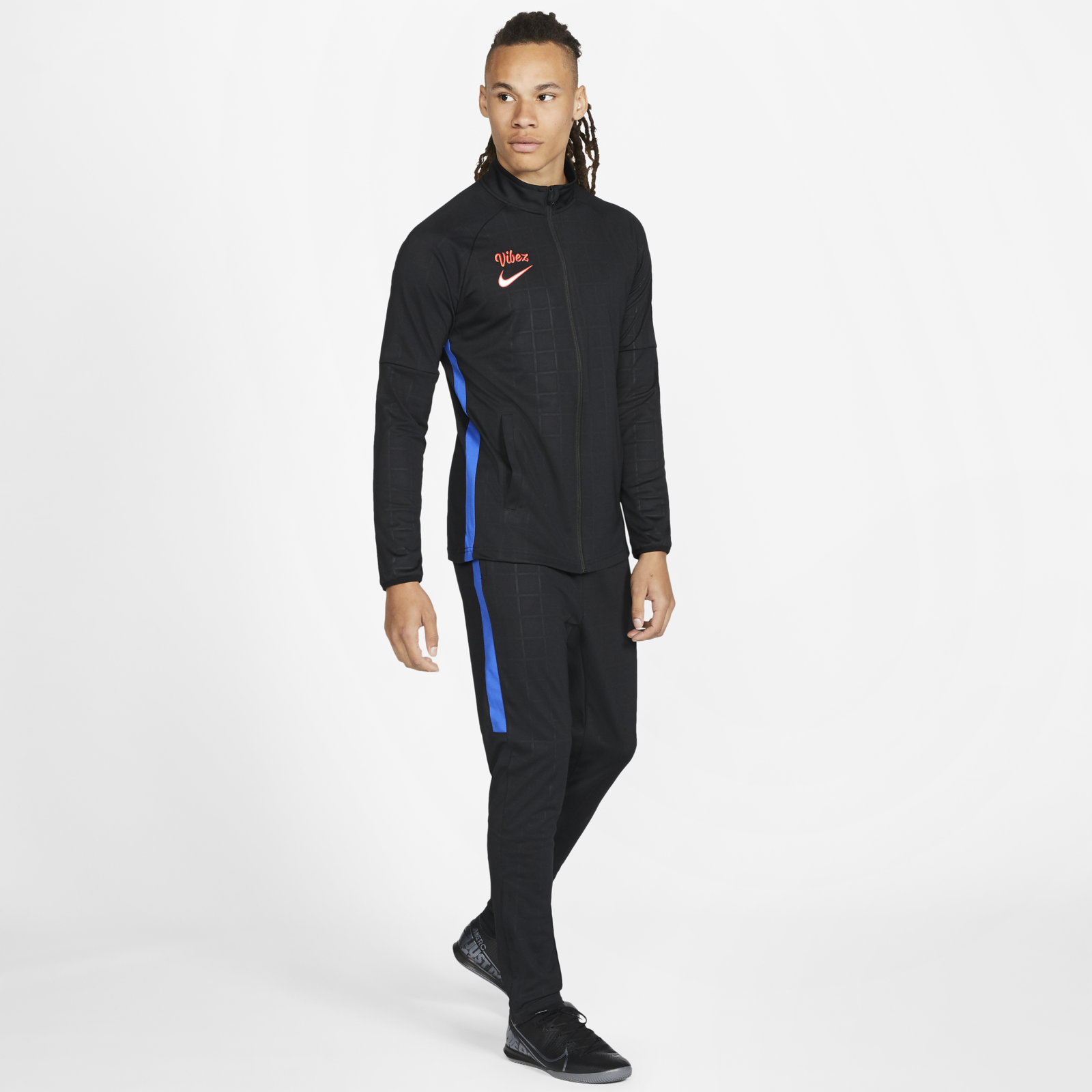 Nike SE11 Sancho Collection 8