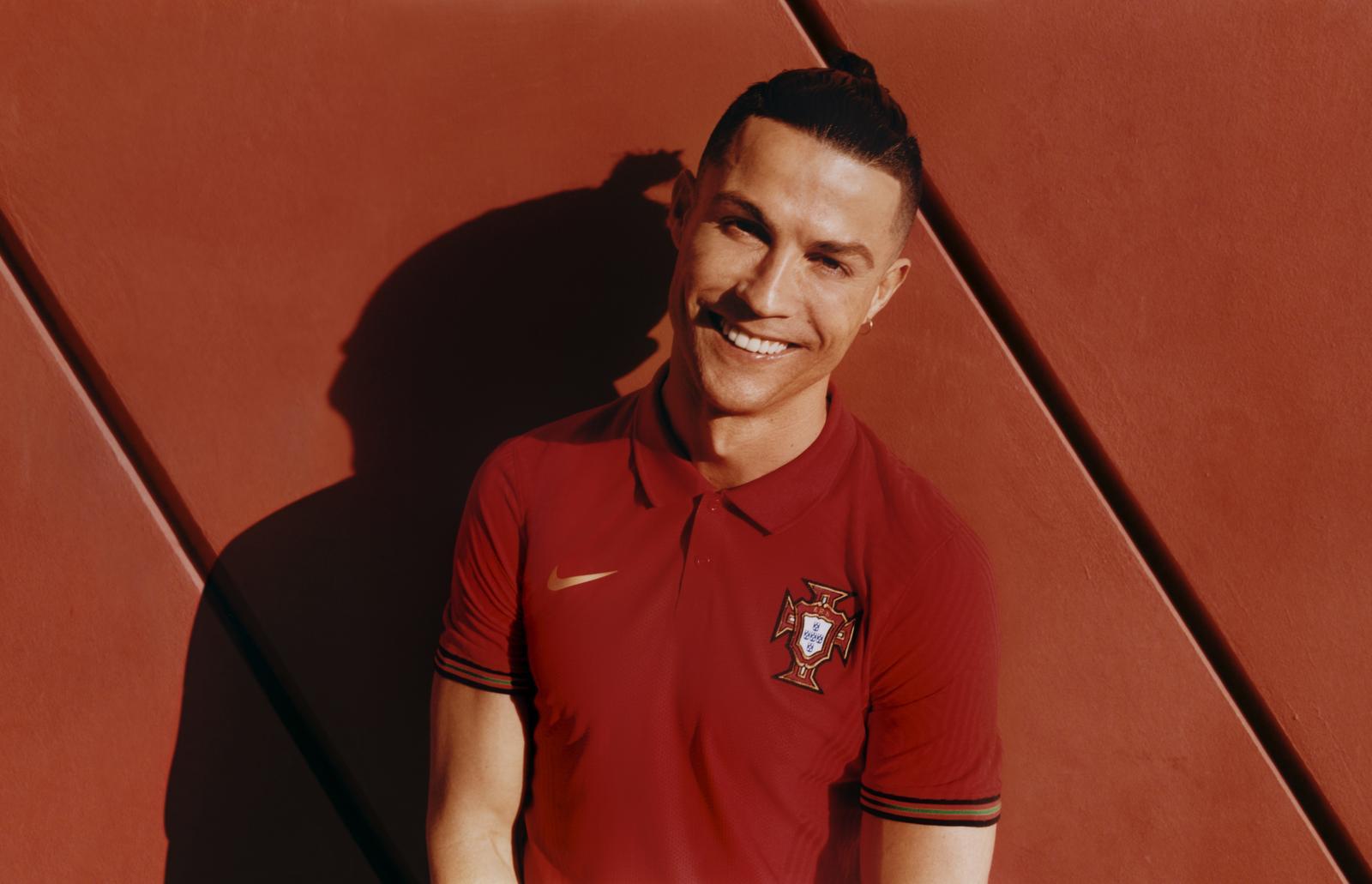 Nike 2020 Portugal National Team Kit 9