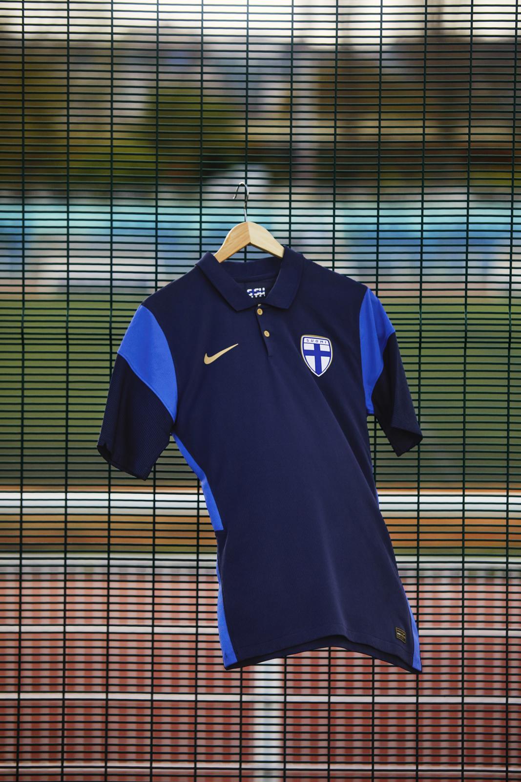 Nike 2020 Finland away kit
