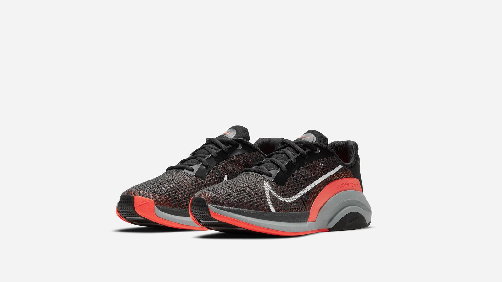 Nike SuperRep Groove Nike SuperRep Surge 9