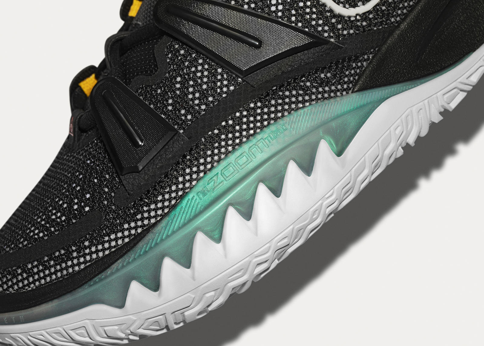Kyrie 7 Official Images and Release Date 5
