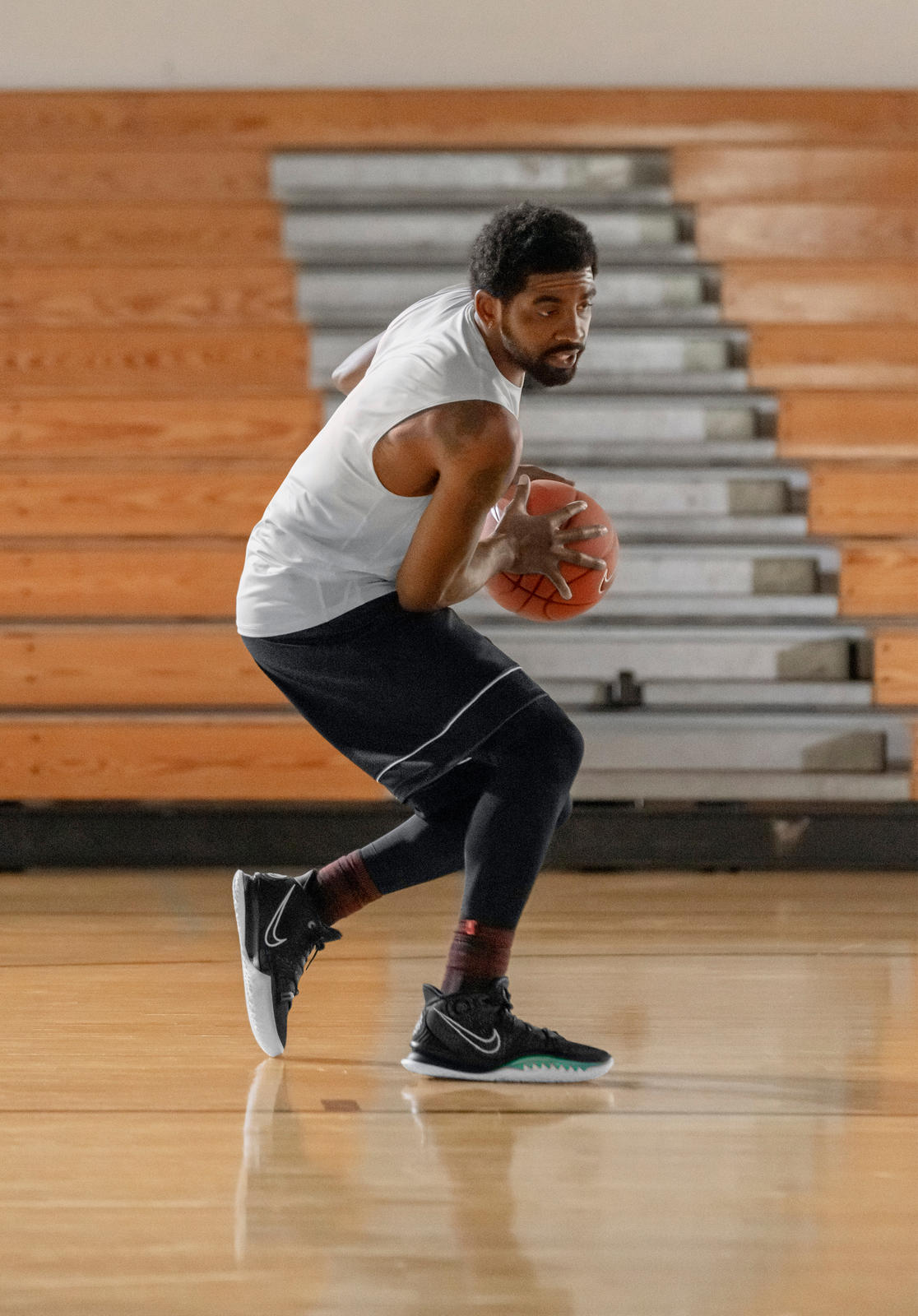 Kyrie 7 Official Images and Release Date 17