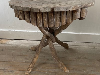 Twig Table main image