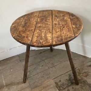 Early Cricket Table