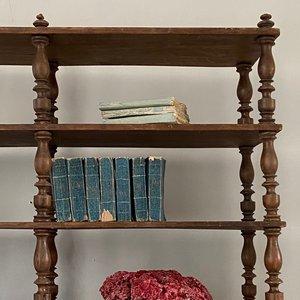 French Shelves