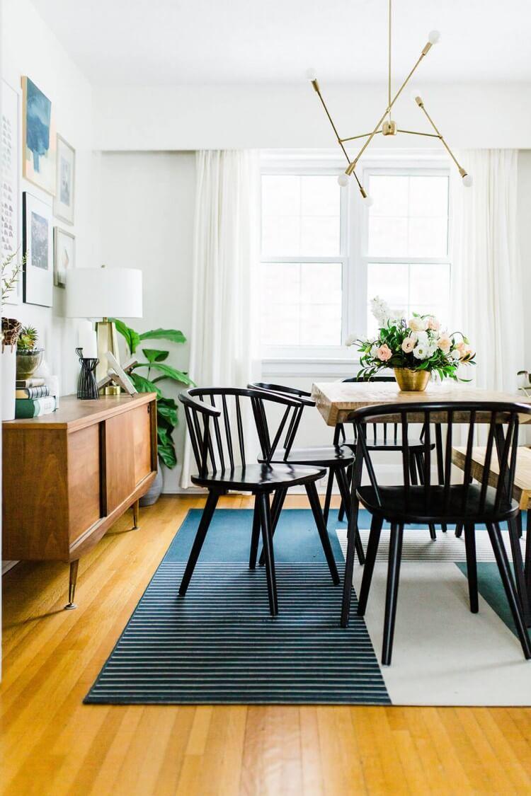 sala-de-jantar-boho-inspiracao-madeira-aparador-tendencia