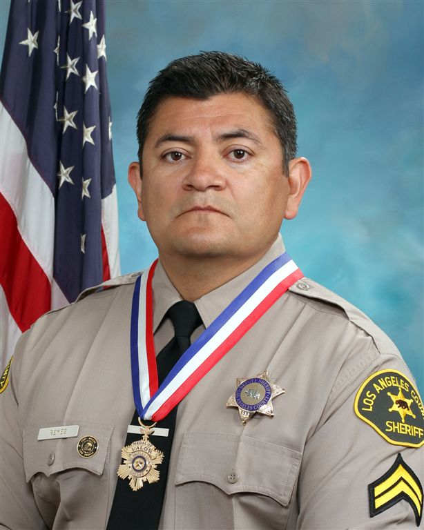 east la sheriff s deputy to receive congressional medal of bravery