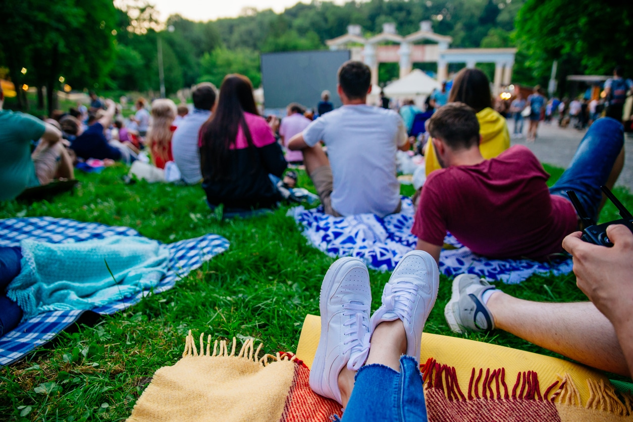Where to Find Free Outdoor Movies in NJ this Summer - NJ