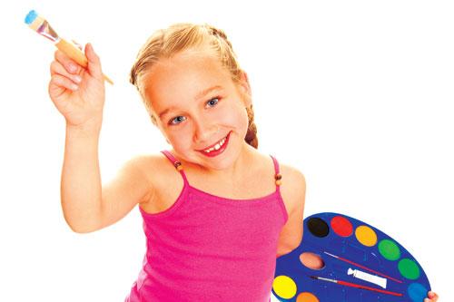 girl child artist painting