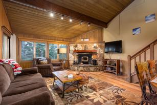 #315- Cozy Mountainback With Great Views of the Sherwin Mountains -