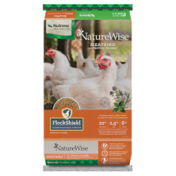 Nutrena® NatureWise® Meatbird 22% Poultry Feed Crumble