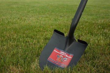 Bully Lawn and Garden Tools-100% Made in USA