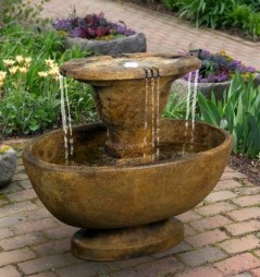Alfresco Fountain with Plume Light