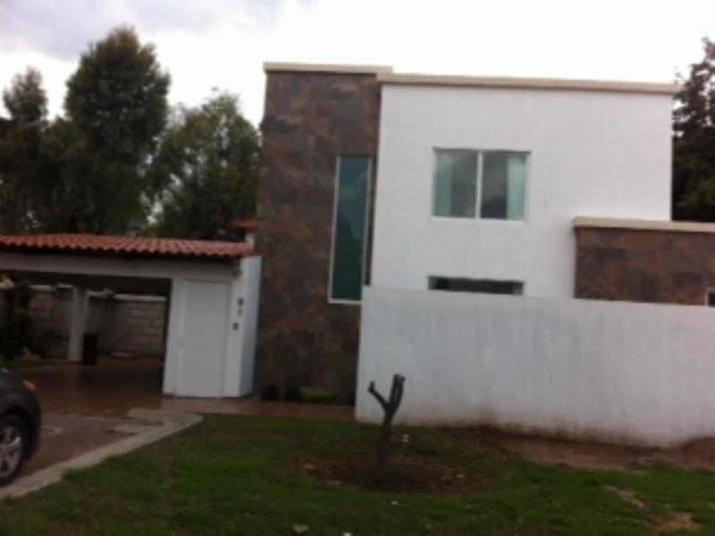 Renta de casa en presa de san antonio irapuato goplaceit for Casas en renta en irapuato