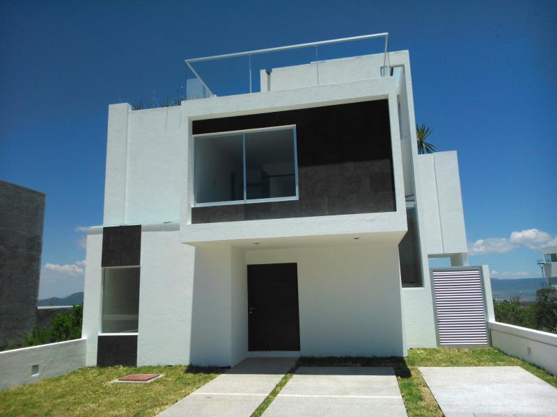 Casa en venta en queretaro goplaceit for Fachadas de casas modernas en queretaro