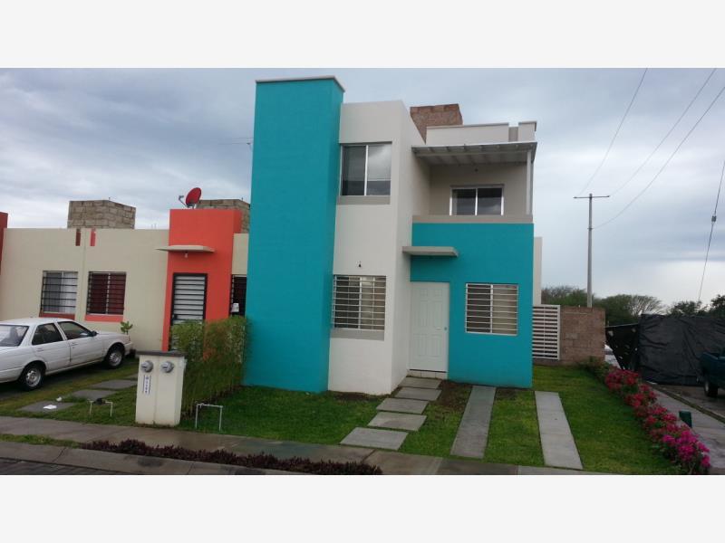 Casa en venta punta diamante villa de lvarez colima for Jardin de villa de alvarez colima