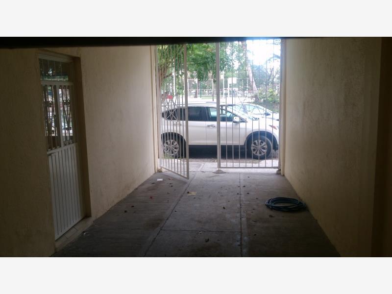 Casa en venta los viveros colima colima 825 000 mxn for Viveros zona sur