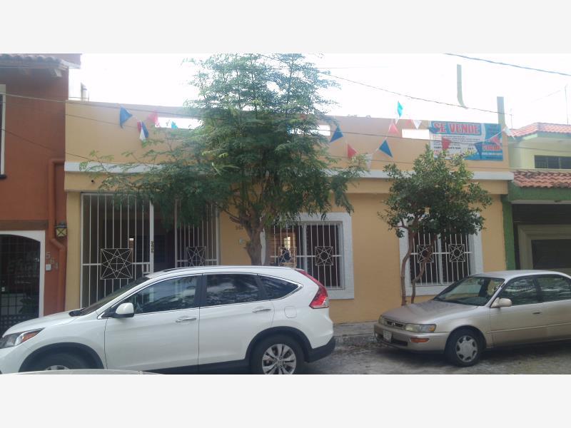 Casa en venta los viveros colima colima 825 000 mxn for Viveros en colima