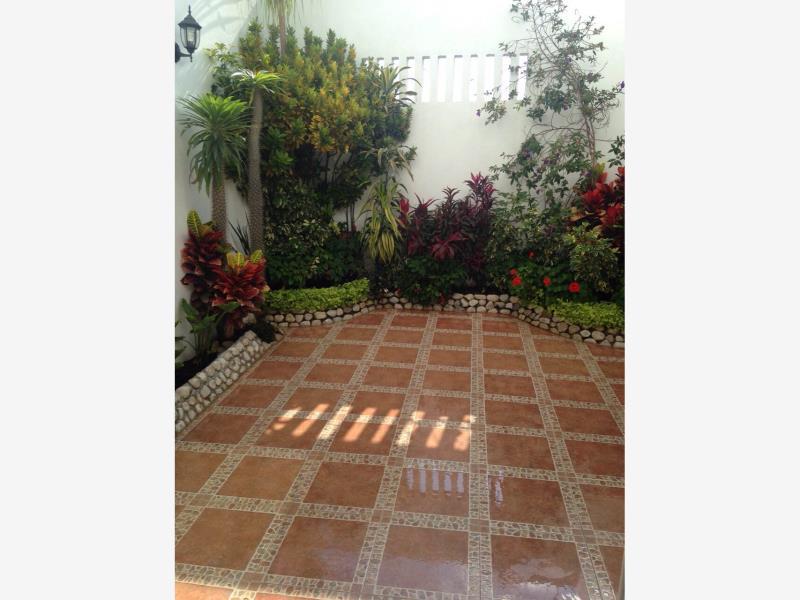 Casa en renta fracc quinta real irapuato guanajuato for Jardin quinta real cd obregon