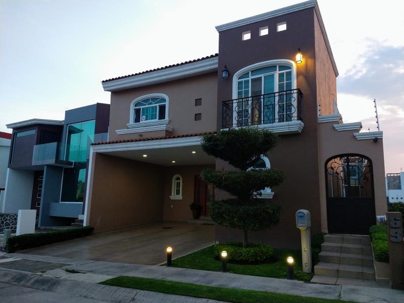 Casa En Venta Sendero Las Moras Tlajomulco De Zúñiga