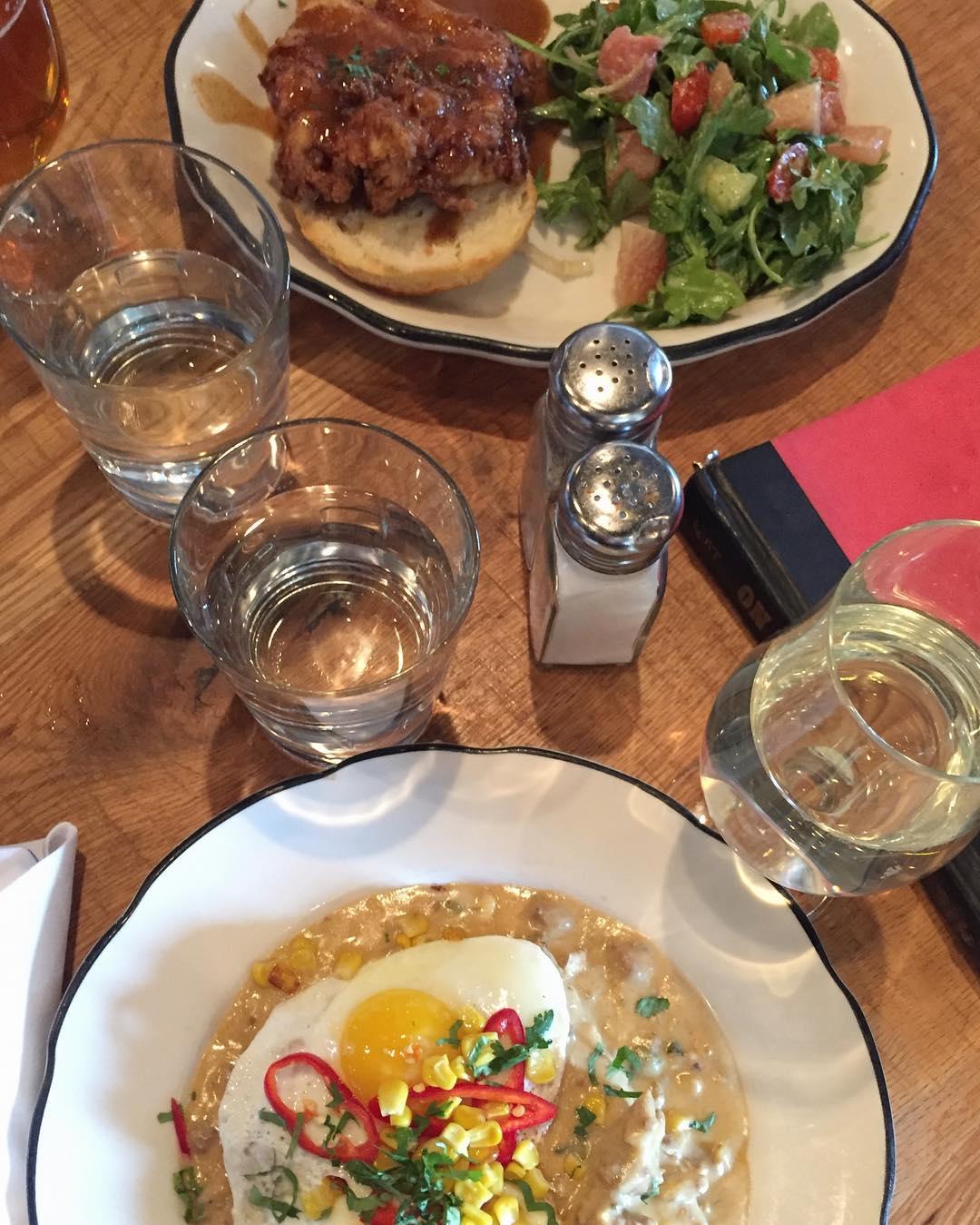 101 Beer Kitchen: Visual Menu/Reviews by Food Bloggers/Instagrammers