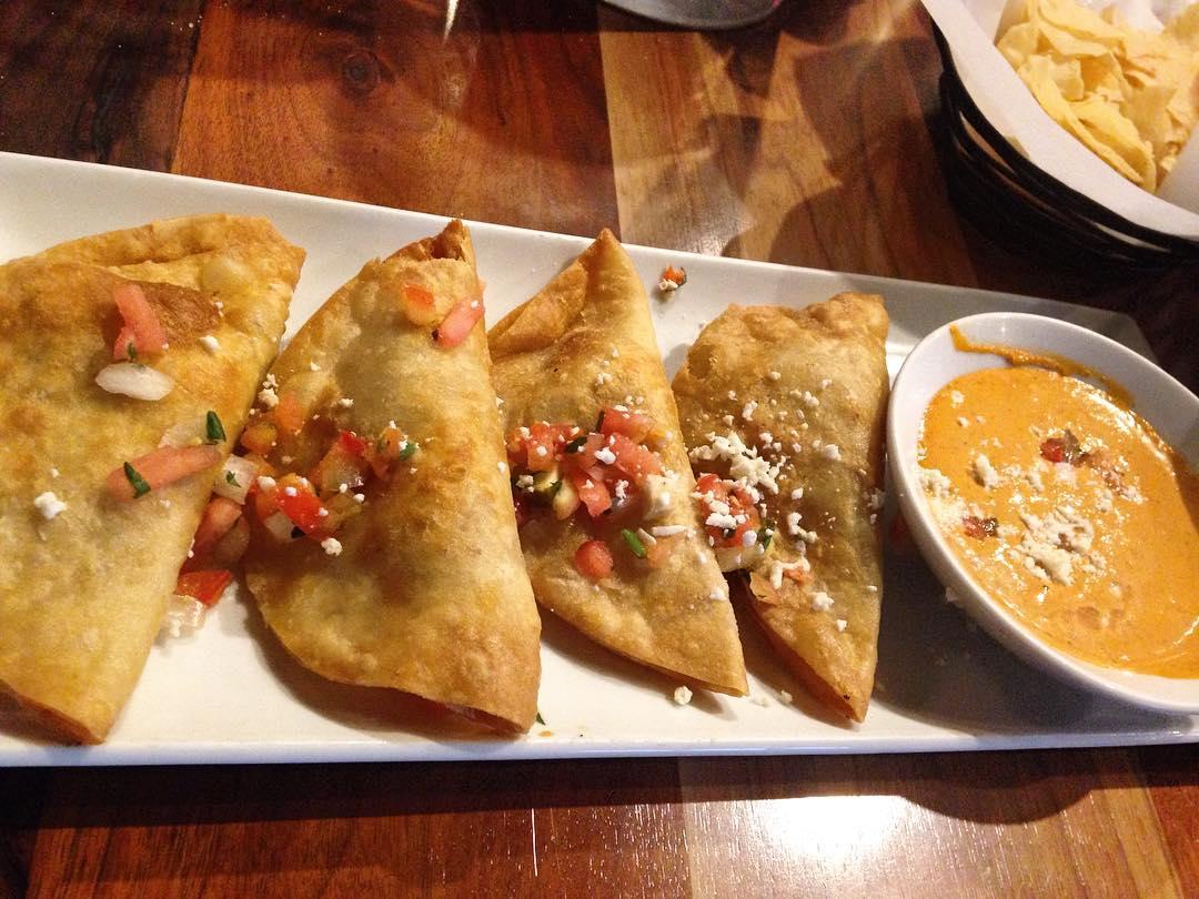 Luna Modern Mexican Restaurant - Victoria Gardens: Visual Menu ...