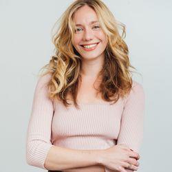 Ally Davis - Licensed Real Estate Salesperson at Nooklyn