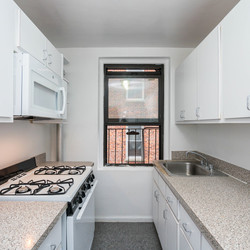 A $2,125.00, 1 bed / 1 bathroom apartment in Sunnyside