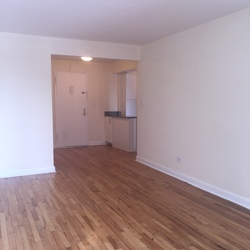 A $1,575.00, 0 bed / 1 bathroom apartment in Flushing