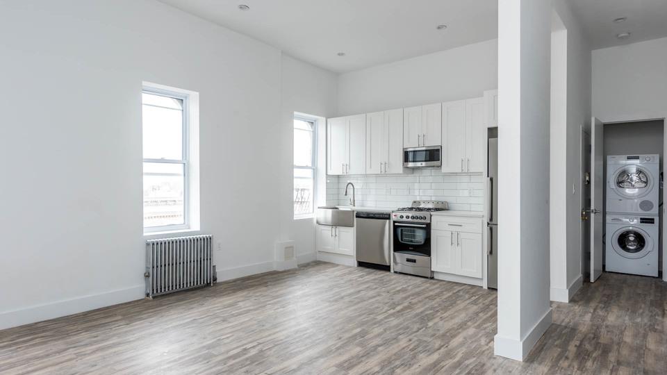 A $3,445.00, 3 bed / 2 bathroom apartment in Ridgewood