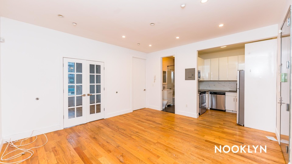 A $1,950.00, 2 bed / 1 bathroom apartment in Bed-Stuy