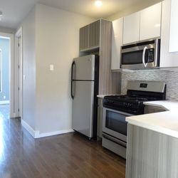 A $2,600.00, 3 bed / 1 bathroom apartment in PLG: Prospect Lefferts Gardens