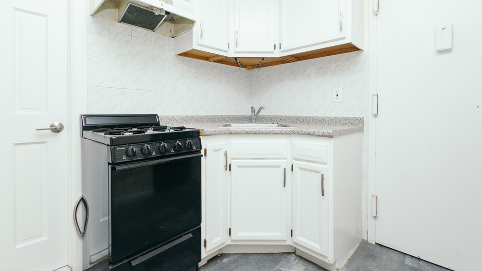 A $2,495.00, 2 bed / 1 bathroom apartment in Greenpoint