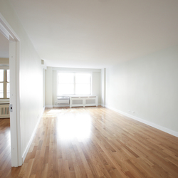 A $2,765.00, 1 bed / 1 bathroom apartment in Upper West Side