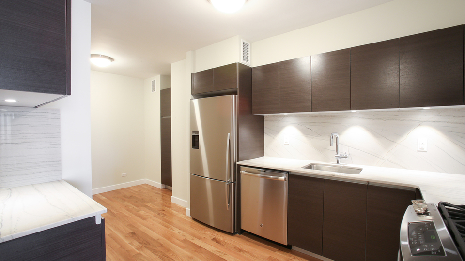 A $2,908.00, 0 bed / 1 bathroom apartment in Upper West Side