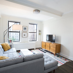 A $7,695.00, 3 bed / 2 bathroom apartment in Upper West Side