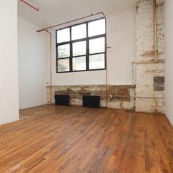 A $2,000.00, 0 bed / 1 bathroom apartment in Bushwick