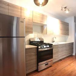 A $2,475.00, 3 bed / 1 bathroom apartment in Ridgewood